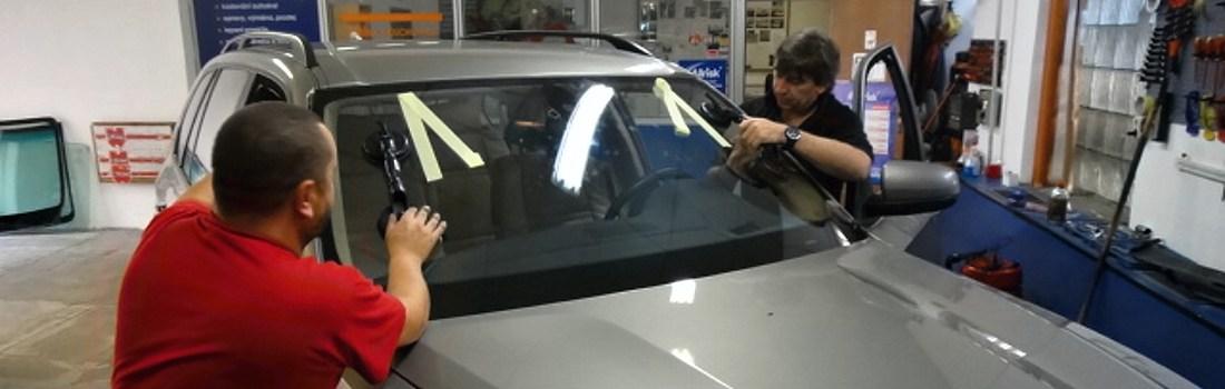 Vaše auto autosklem nově osadíme
